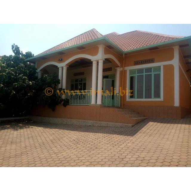 Nice Cheap Houses For Rent: Nice House For Rent Kibagabaga @700k