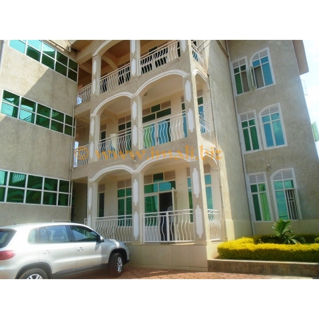 Apartments For Rent Under 1000 Near Me: A 3 BEDROOM APARTMENT FOR RENT@KIMIRONKO