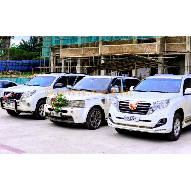 Range Rover For Rent@380 000 Rwf